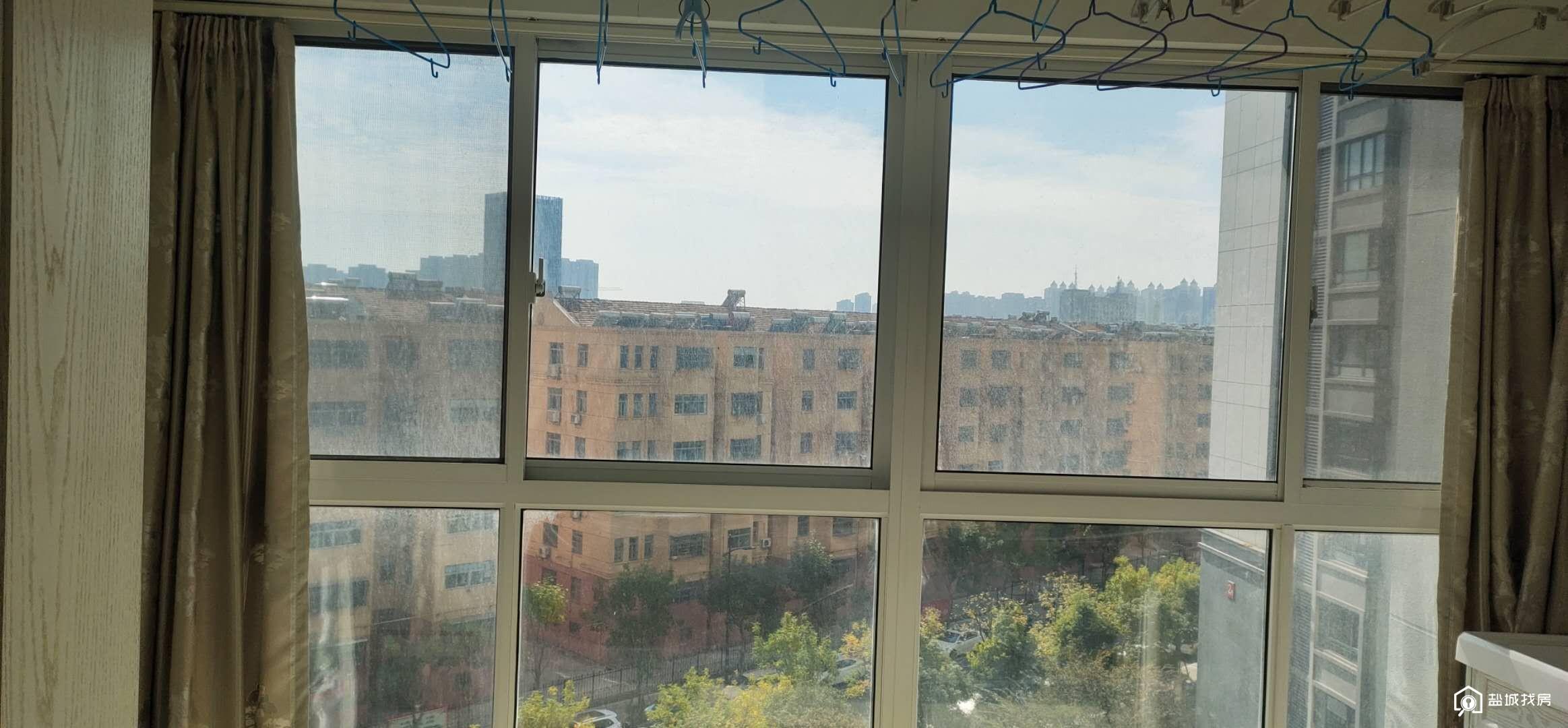 凤凰文化广场I三室两厅一卫电梯房I学区在